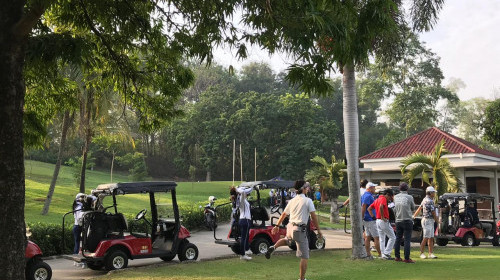 Tenant Golf Gathering from Azalea Suites in Lotus Lakes Golf